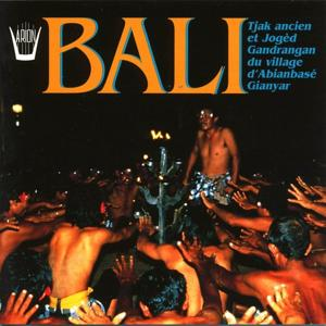 Bali : Tjak ancien et Joged Gandrangan du village d'Abianbase Gianyar