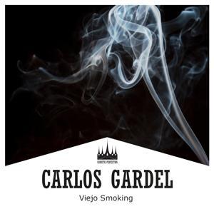 Viejo Smoking